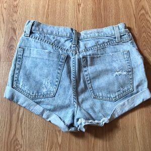 Carmar Shorts - blue denim shorts